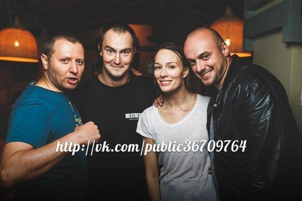 http://s4.uploads.ru/bCMDX.jpg
