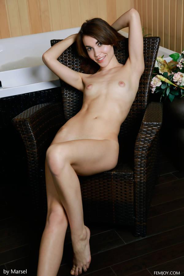 http://s4.uploads.ru/t/Mhkw7.jpg