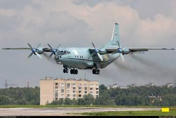 Ан-12ПС - поисково-спасательный самолет RmW42